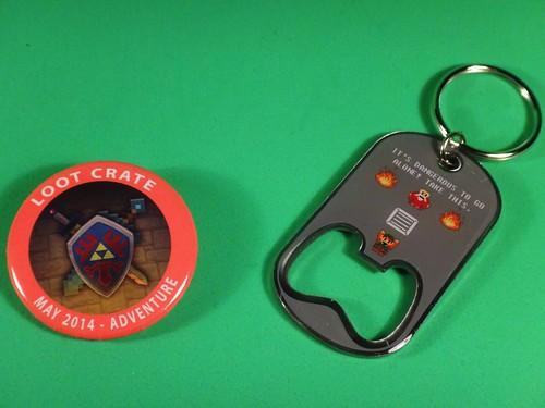 Loot Crate May 2014 - Adventure pin & Zelda keychain
