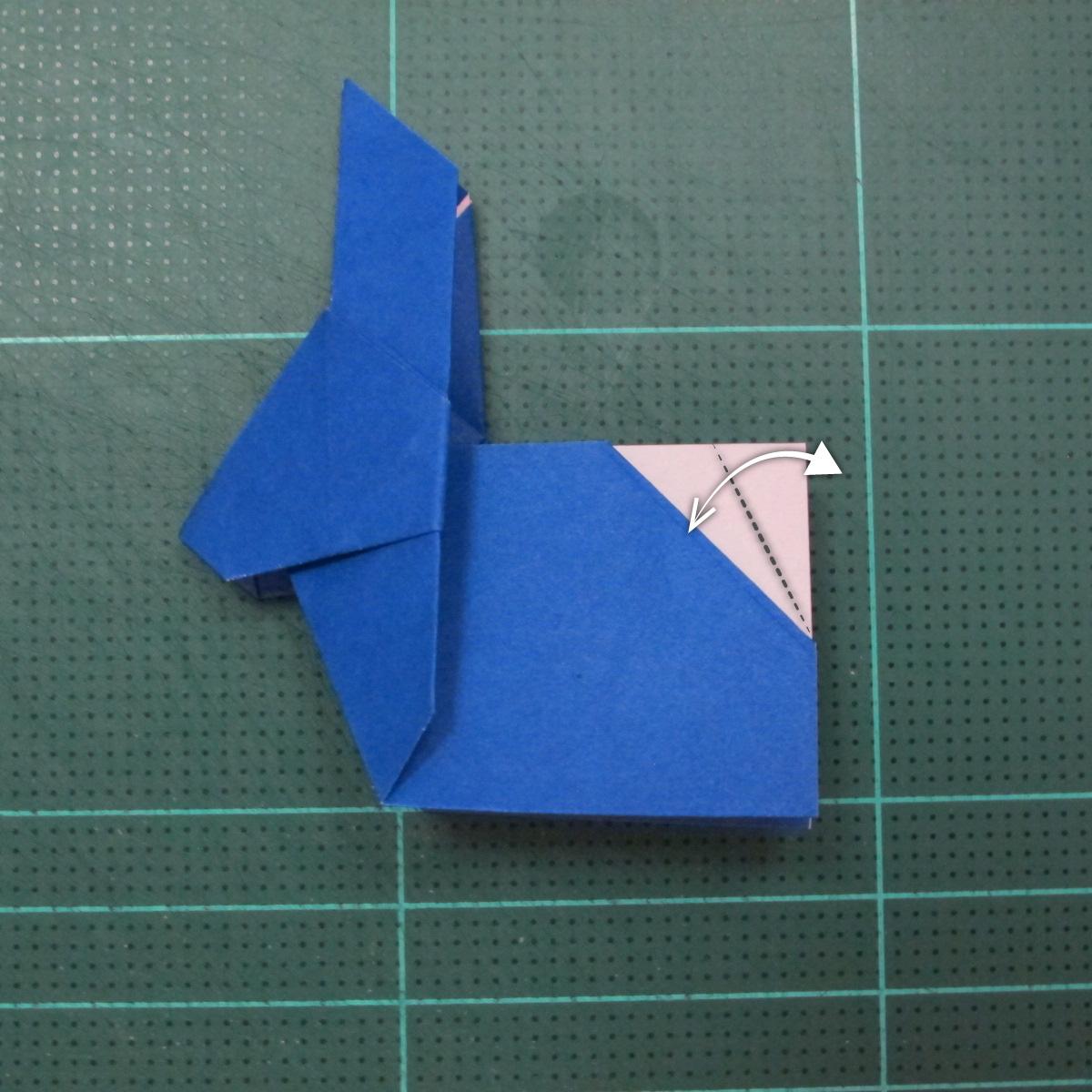 วิธีการพับกระดาษเป็นรูปกระต่าย แบบของเอ็ดวิน คอรี่ (Origami Rabbit)  024