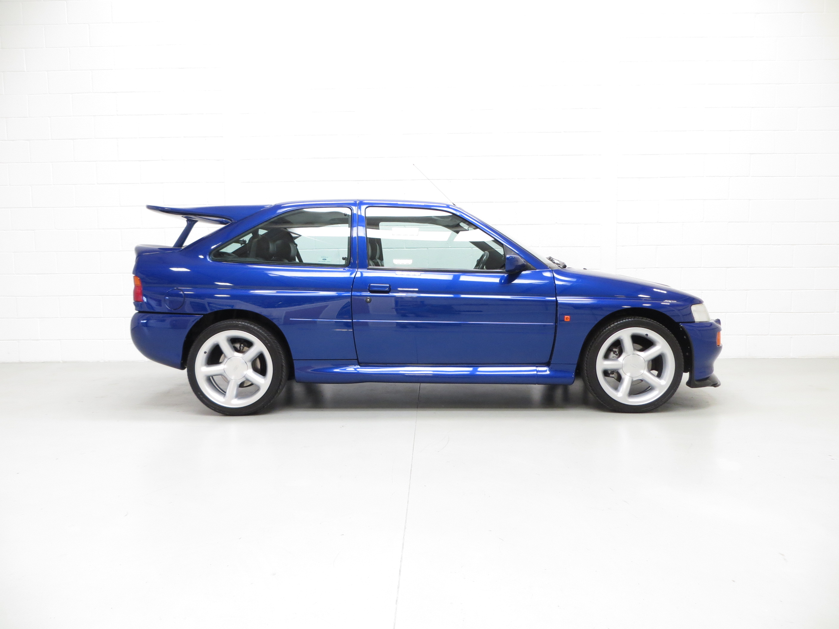 outstanding ford escort rs cosworth 34 919 miles pe1 sold retro rides. Black Bedroom Furniture Sets. Home Design Ideas