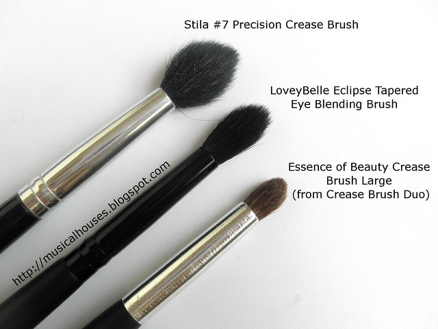LoveyBelle Essence of Beauty Stila Crease Brush Blending