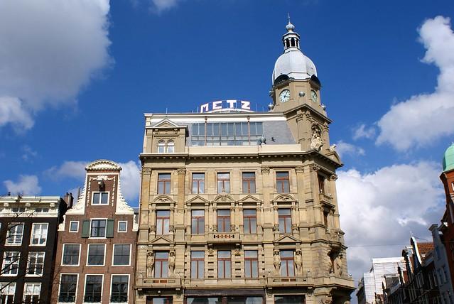 Le café Metz à Amsterdam