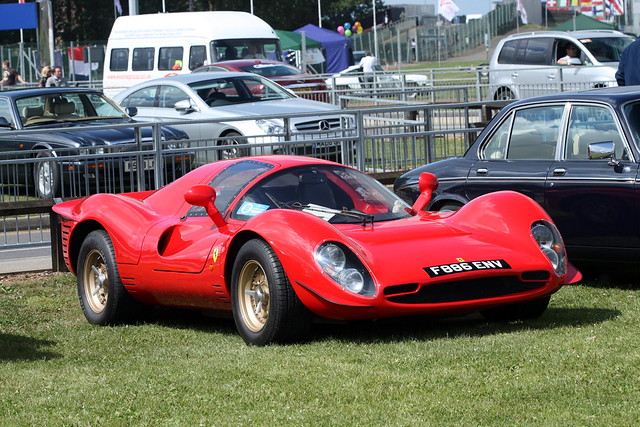 Norwood Ferrari 330 P4.