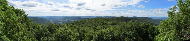 West ledge of Bearpen Mountain