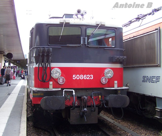 BB 8623