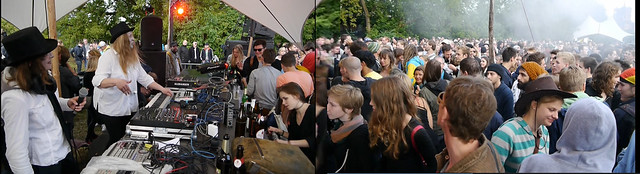 dj_aroma_and_abelha_supersonica_neurocomic_schillingbrücke_open_air_berlin_2014_fete_de_la_musique