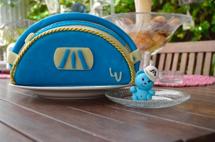 lara-vazquez-mad-lula-cake-birthday-girl-gift