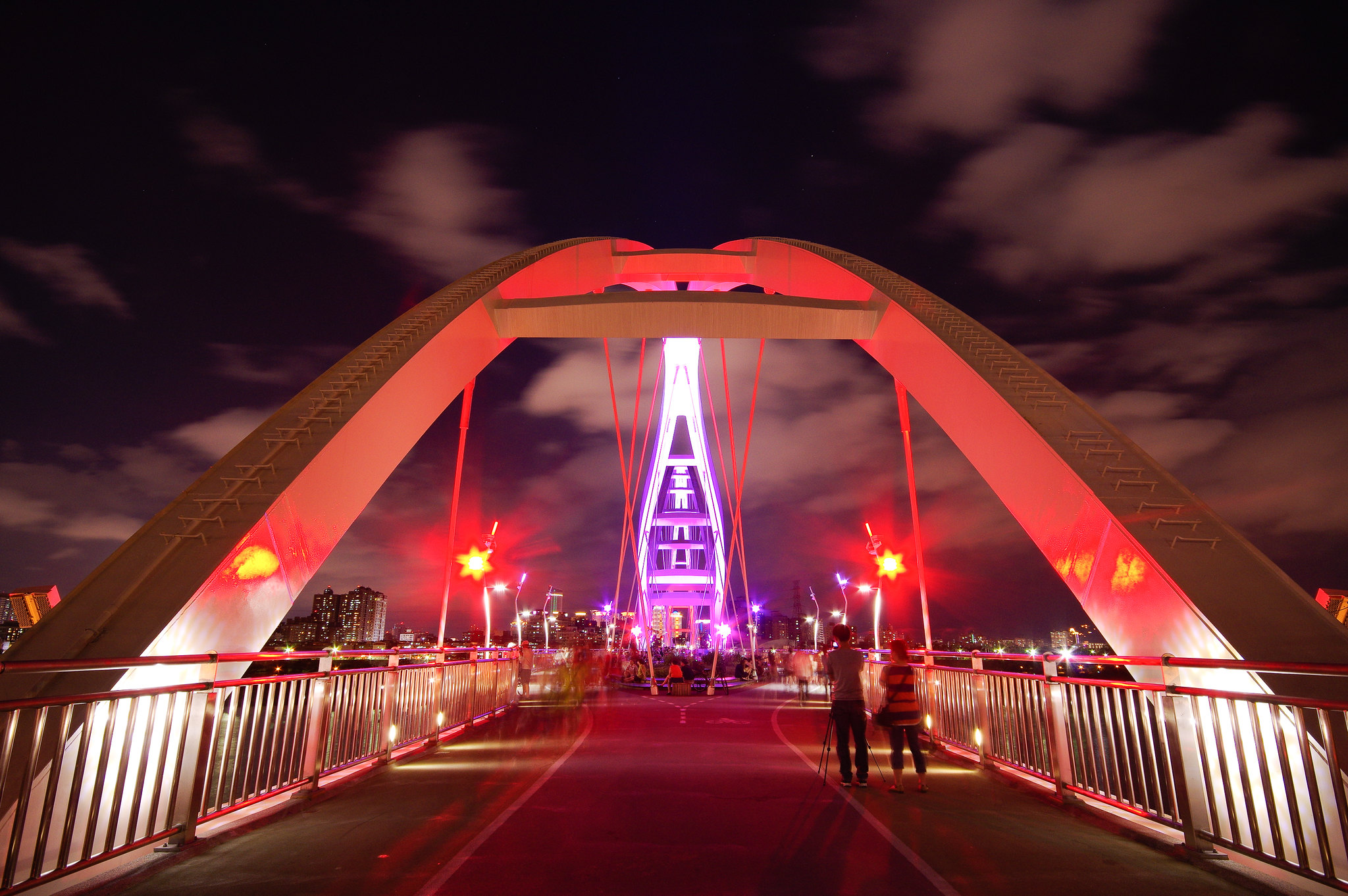 新莊新月橋