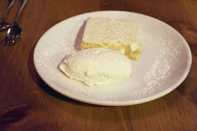 Kevin's Mom's lemon bars