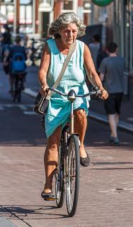 Bicyclist on Palaeisstraat