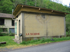 Bureau La Scierie (Kantoor Houtzagerij) - Photo of Paslières