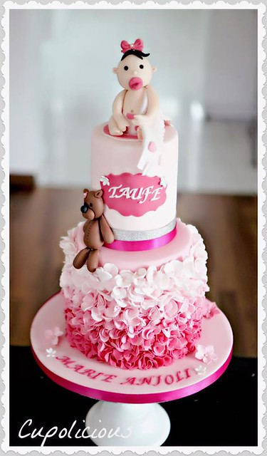 Cake by Cupolicious