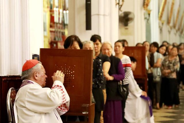 TGP.HÀ NỘI: Sám hối cộng đồng tại nhà thờ Chính Tòa Hà Nội