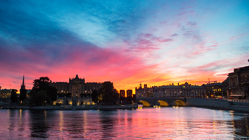 2017 oru sweden stockholm 169 widescreen water sea sunset sky red city cityscape blue reflection 20170407