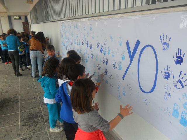 AionSur 13605370964_1d463f27ff_o_d El colegio San Roque se viste de azul para celebrar el Día Mundial del Autismo Educación