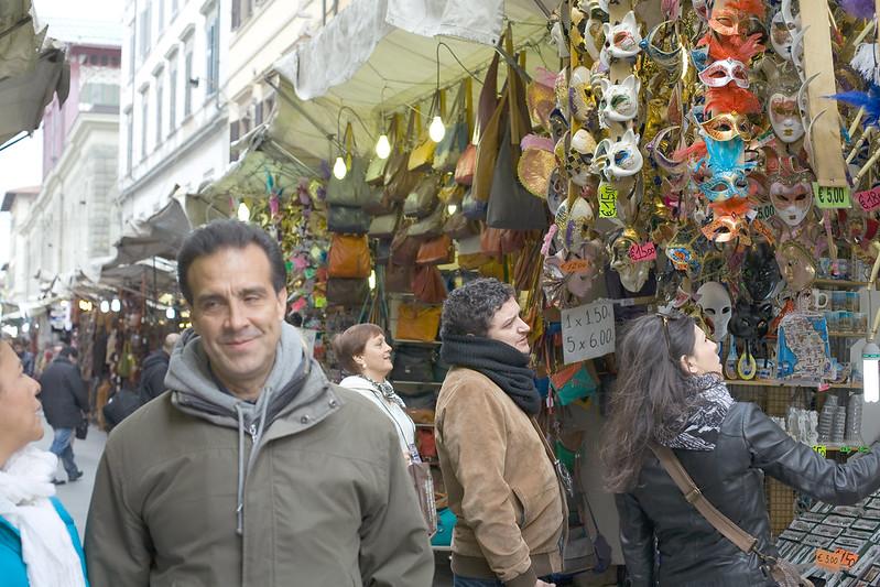 Рынок кожи во Флоренции