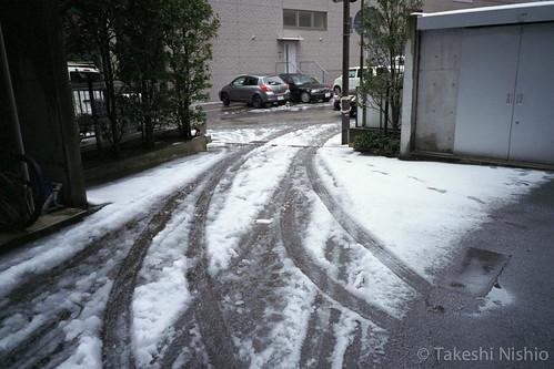 雪の金沢を出発 / Head off snowy Kanazawa