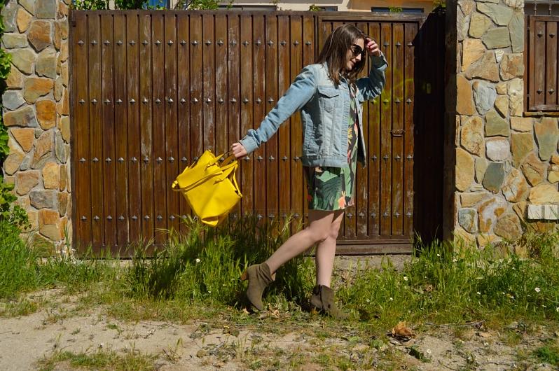 lara-vazquez-madlulablog-fashion-trends-yellow-tropical