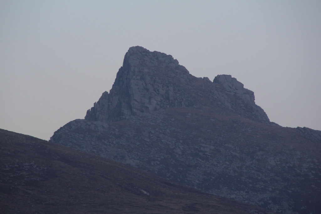 a chir, Caisteal Abhail, ceum na Caillich, Cir Mhor, Goat Fell, Loch na Davie, the Witches Step, beinn Tarsuinn, Beinn Nuis