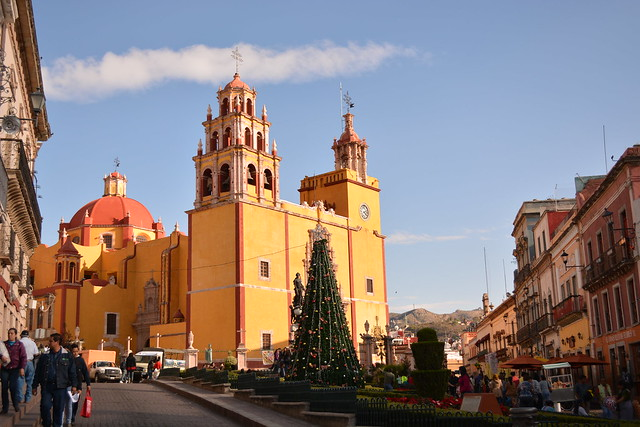 Basílica of Guanajuato by CC user marmened on Flickr