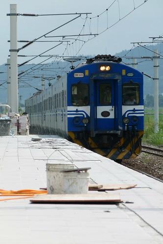 EMU400台東線試車-三民站