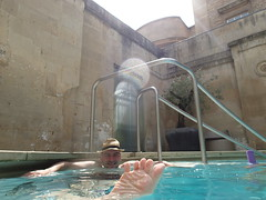 swimming pool(1.0), leisure(1.0), thermae(1.0),