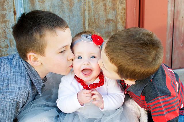 kissing siblings