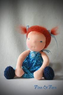 Luciola - A Finn and Fern Little Fiddle