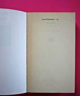 Soglie, di Gérard Genette. Einaudi 1989. Responsabilità grafica non indicata [Munari]. Carta di guardia (part.), 2