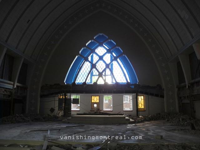 Eglise Notre-Dame-de-la-Paix demolition 05