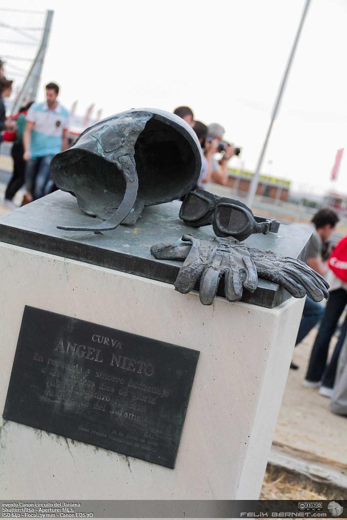 escultura homenaje a Angel Nieto