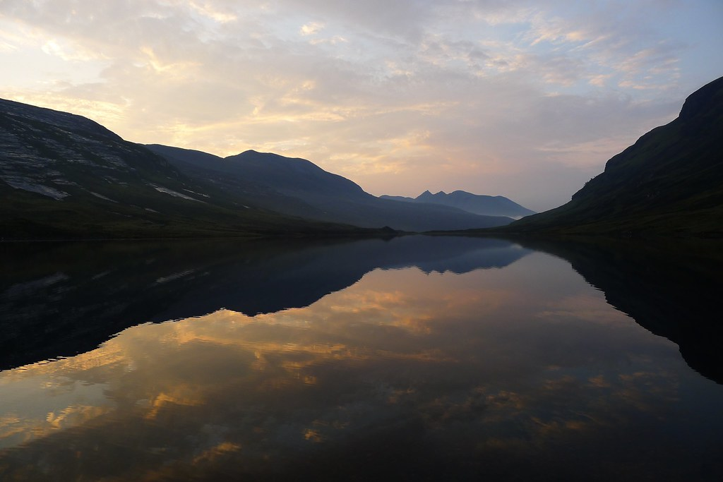 The still waters of Loch an Nid