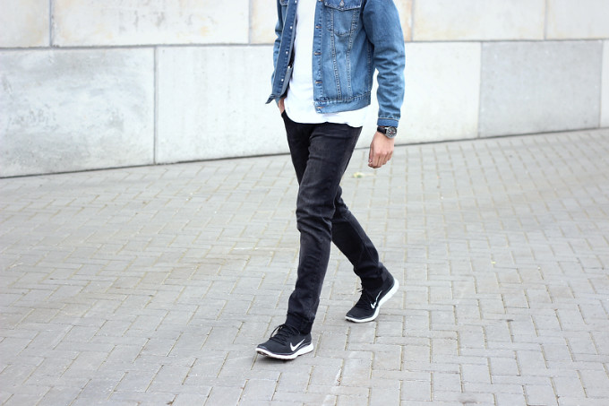 Men-Nike-Flyknit-free-style-denim-jacket  7aeb59c7b