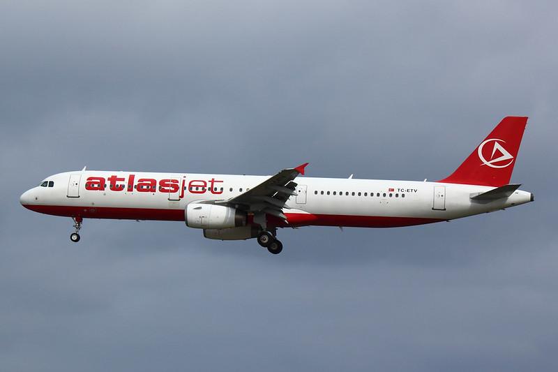 Atlasjet - A321 - TC-ETV (1)