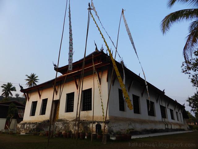 Luang Prabang Wat Wisunarat 01 Back of Temple