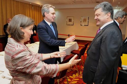 Assistant_Secretary_Nuland,_Ambassador_Pyatt_Greet_Ukrainian_President-elect_Poroshenko_Before_Meeting_in_Warsaw