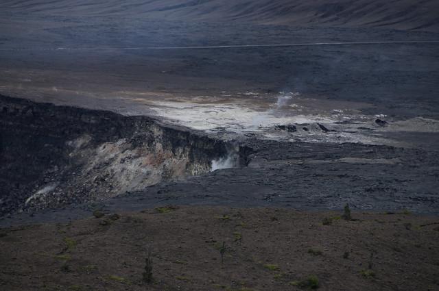 Kilauea Crater 03