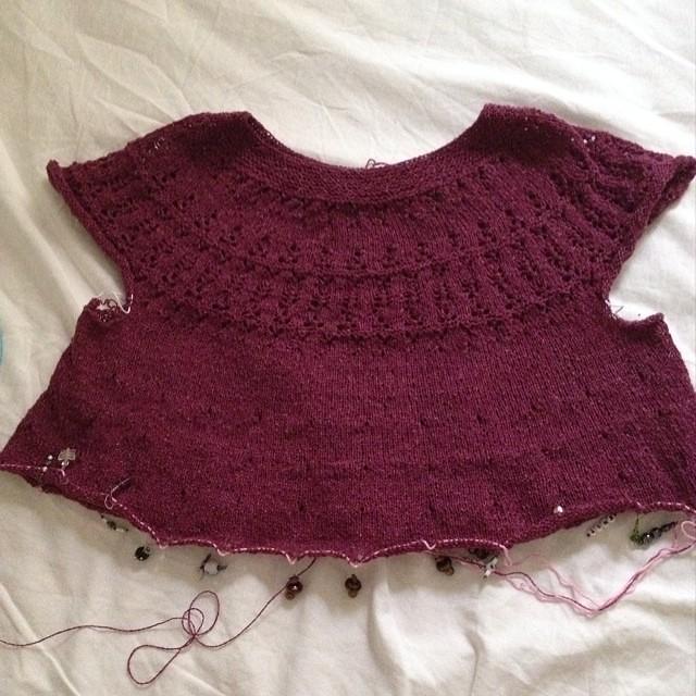 Sembra giusto questa volta #instaknit #valentinacosciani #tibisay #fattoamano #handmade #cheaphappiness #knitting #knit #iolavoroamaglia #lavoroamaglia #ameliabefana #artherapy #ravelry #holstgarn @mariaerba sembra la volta buona!