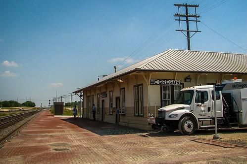 train amtrak depot mcgregor