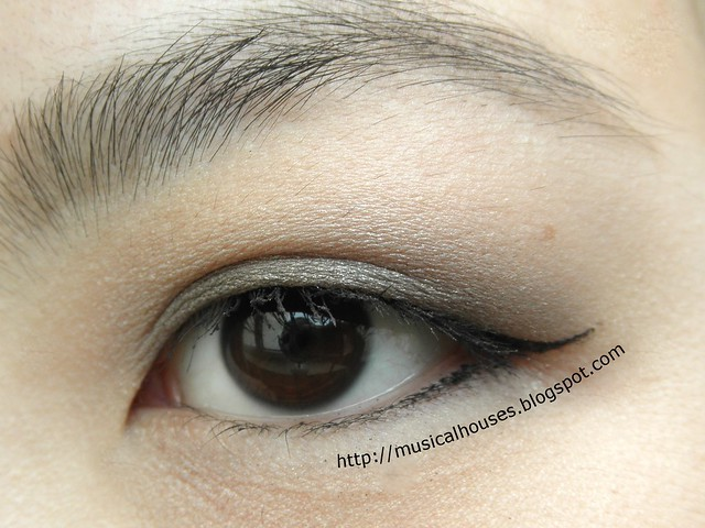 Benefit Theyre Real Push Up Liner EOTD Open