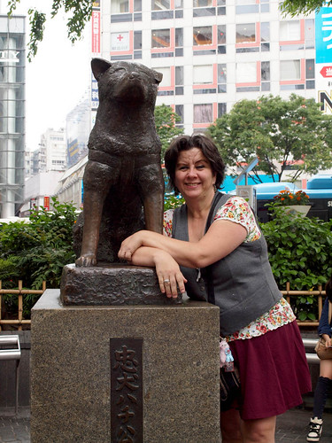 Mom and Hachiko
