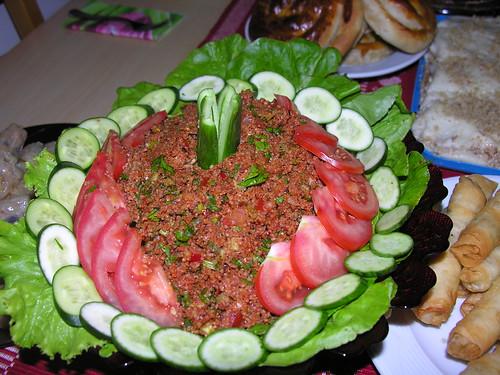 Kısır, salatalar