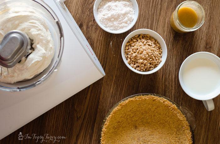 Toffee Cream Pie Cake ingredients