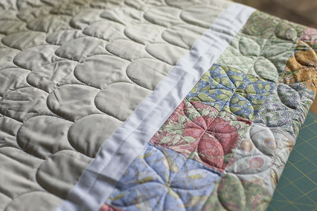 Clamshell and Dogwood Quilting
