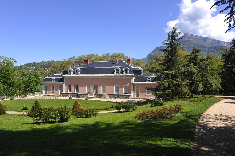 Parc de Buisson Rond et Château de Boigne