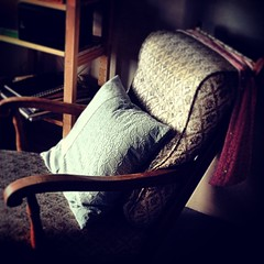 A favorite chair #quornflour #chair #homedesign #vintage #pillow #notikea