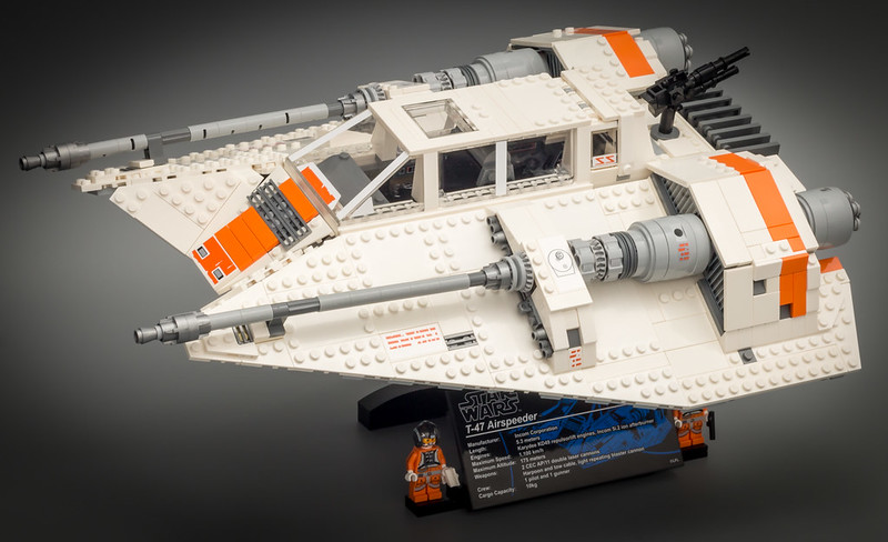 Review 75144 - UCS Snowspeeder, by Jim, on Eurobricks