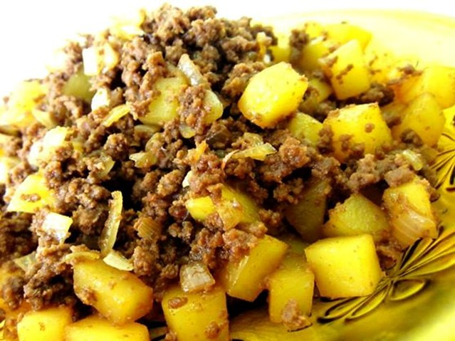 Minced beef & potatoes 1
