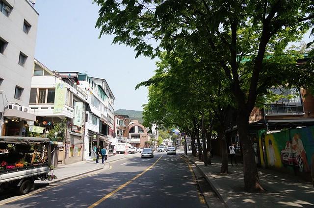 Seoul, Korea - Nostalgic Charm in Urban Seoul - Samcheong-dong-011