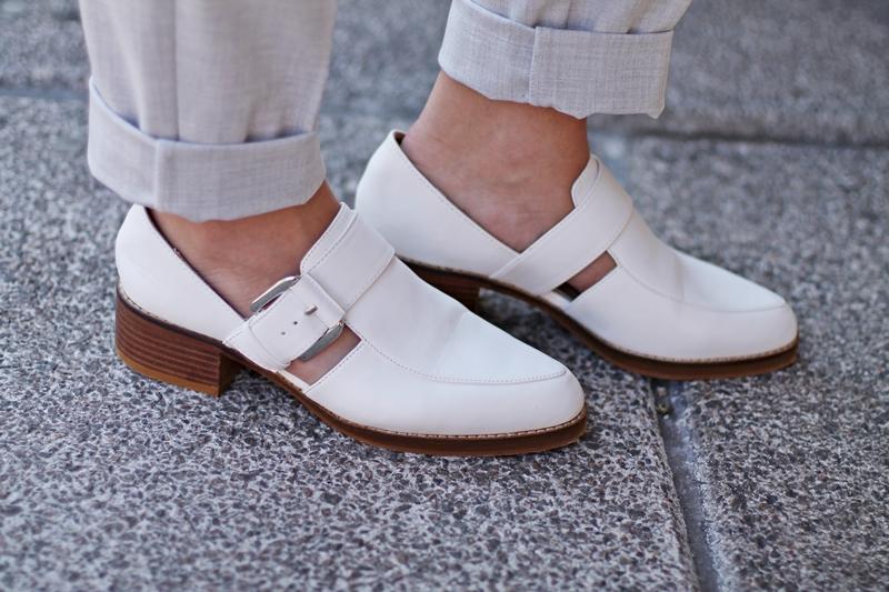 rayas, zapato blancos zara
