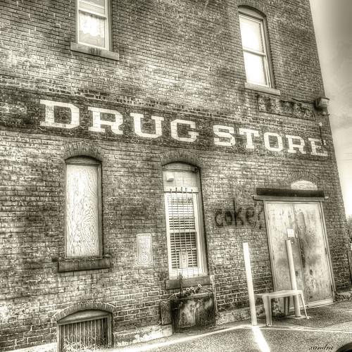 -- drug store --